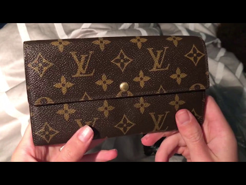 4f43f4ed96c86 Louis Vuitton Sarah Wallet Review - YouTube