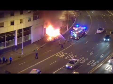 Nissan GTR fiery crash, Darling Harbour