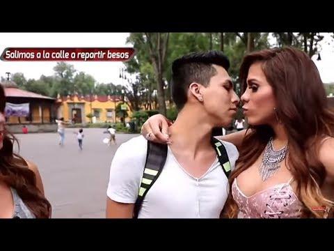 HOMBRE vestido de MUJER besando Chicos en la Calle/SALE MAL