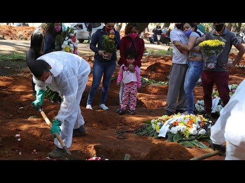 حصيلة وفيات فيروس كورونا في البرازيل تتخطى عتبة الـ100 ألف  - نشر قبل 19 ساعة