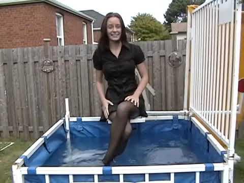 好漂亮的女孩,不停地下水有點可憐