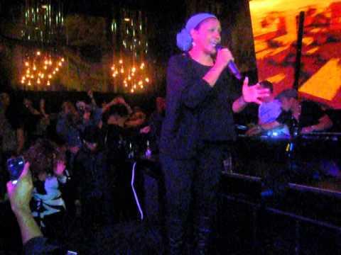 Finally - Julie McKnight (Toronto, November 2012) Part 5/5