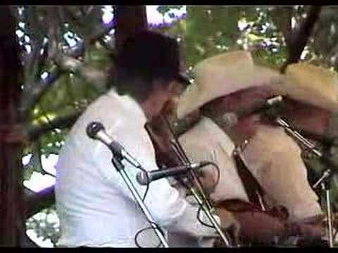 Bill grant 39 s 2000 bluegrass festival pt 4 youtube for Cabine di hugo salt creek