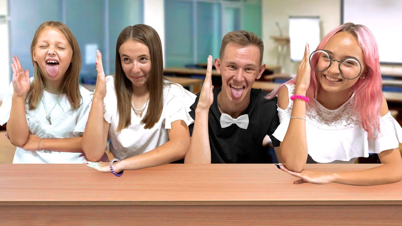 1 СЕНТЯБРЯ! Ребята не могут поделить школьные принадлежности! Колесо фортуны поможет им в выборе.
