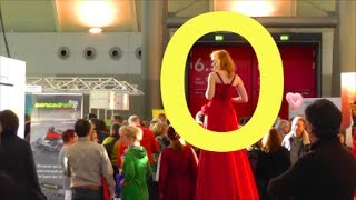 CMT Messe Stuttgart : Die größte Frau der Welt ! The tallest woman on earth !