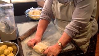 CURRY PUFFS -Rolling the Dough & Filling the Puffs