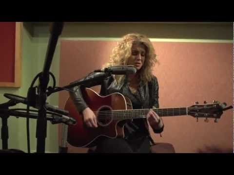 Tori Kelly - Stained (Wreckroom Records Acoustic)