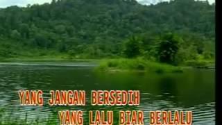 Hitam Putih Fotomu - Ratih Purwasih (Golden Hits 80an Vol.1 - bung Deny)
