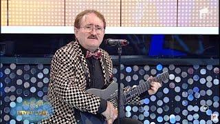 """Demonstrație la chitară! Cornel Palade cântă """"Bieți lampagii"""""""