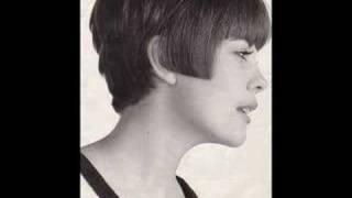 Mireille Mathieu - La Chanson De Notre Amour