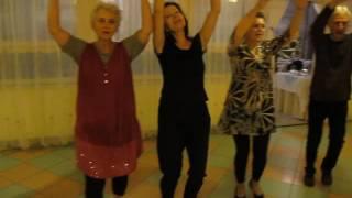 Wesoły taniec izraelski Bim Bam Bom