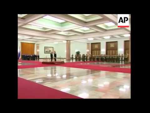 Thailand's Prime Minister visits Beijing