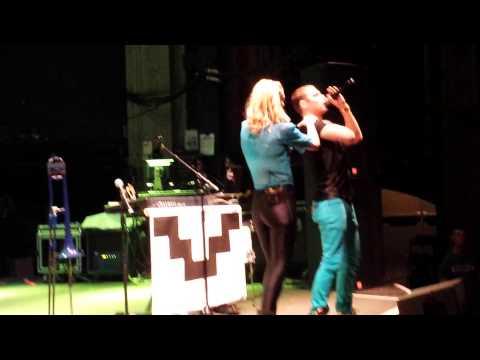 Acapella (Live) - Karmin