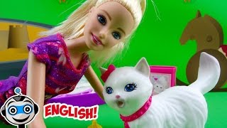 Barbie and her Potty Training Cat