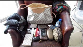 Louis Vuitton Siracusa MM TAG:How I pack/what fits in my Purse?!