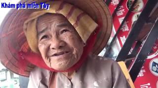 Cụ bà bán vé số 90 tuổi xem bói chính xác  và còn cho lại khách 10.000 đồng/Khám phá miền Tây