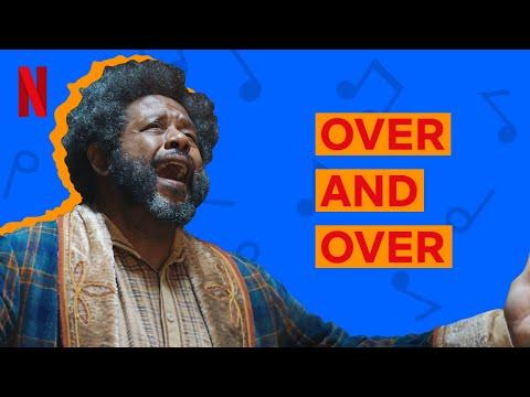 Over and Over   Clipe Musical Uma Invenção de Natal   Versão em Português   Netflix Brasil
