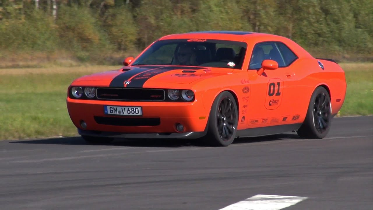 Dodge Challenger Srt8 Hemi V8 593hp Lovely Sounds Youtube