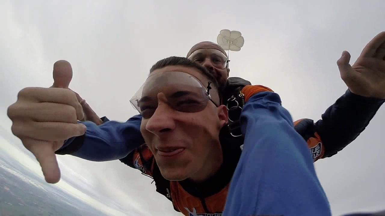 Salto de Paraquedas do Felipe na Queda Livre Paraquedismo 22 01 2017