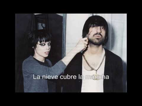 Crystal Castles- Child I Will Hurt You (Subtitulada al español) III