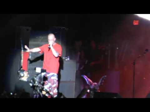FIVE FINGER DEATH PUNCH - THE BLEEDING -  LIVE ROCKSTAR MAYHEM 2013  SAN BERNARDINO