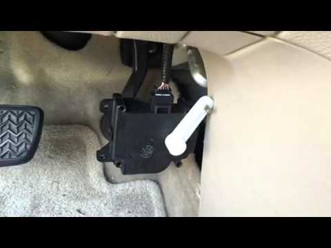 Lexus RX330 driver side no heat
