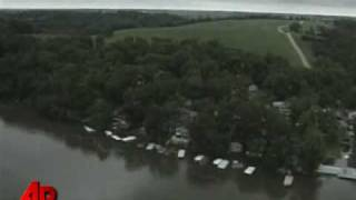 Heavy Rains Cause Iowa Dam to Fail