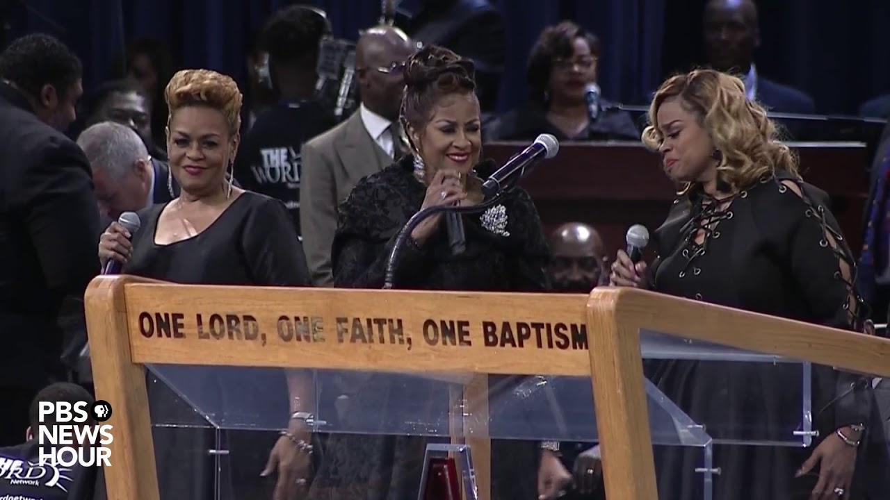 WATCH: The Clark Sisters honor Aretha Franklin