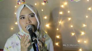 Video Law Kana Bainanal Habib (New Version 2018) Full lirik Versi Dina Hijriana download MP3, 3GP, MP4, WEBM, AVI, FLV Juli 2018