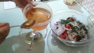 медовая закуска-салат из помидорок черри