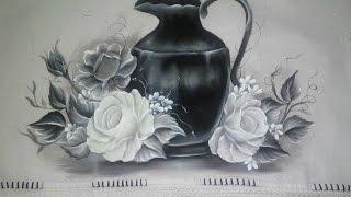 Veja como pintar rosa branca