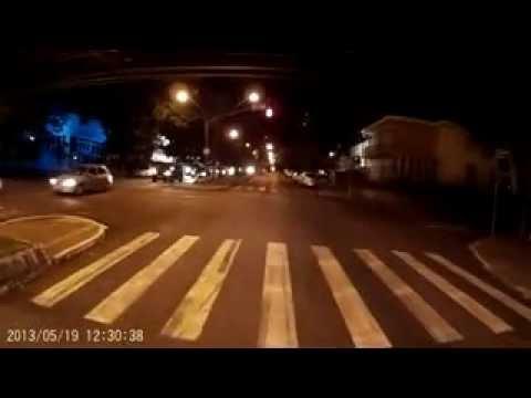 ROLE PELA CIDADE GSXR 1000 STREETFIGHTER