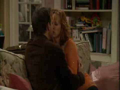 You wanna kiss me sensi and izzy - 5 9