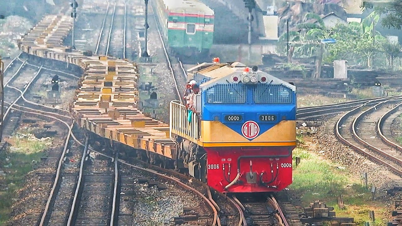 Metal snake with new Locomotive || Empty Container Transport Train Of Bangladesh