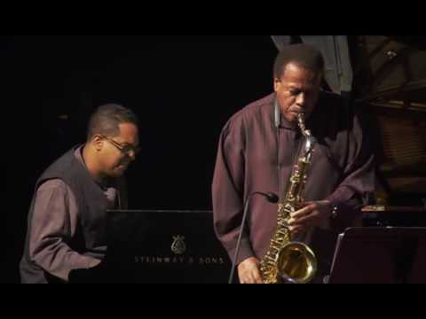 Resultado de imagen de Wayne Shorter Quartet - Live In Paris 2012