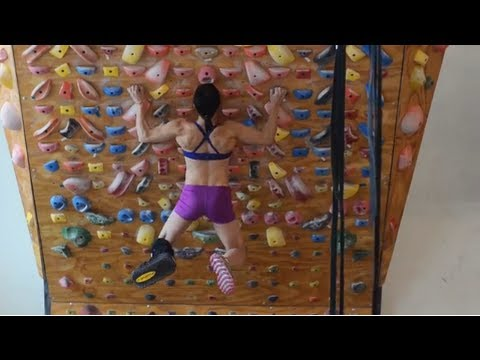 Courtney Sanders - Training While Injured