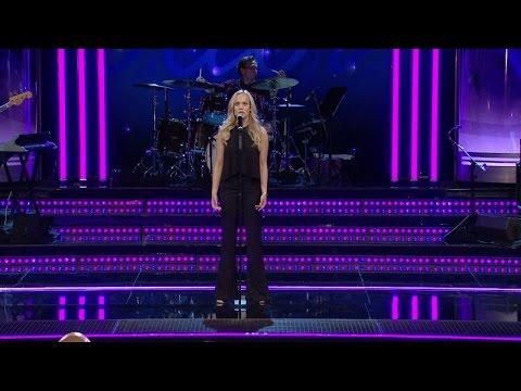 Amanda Winbergs solosång (Take me to church) i Idols slutaudition - Idol Sverige (TV4)