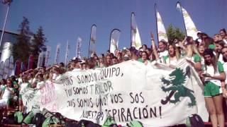 Familiares y simpatizantes de las jugadoras muestran su apoyo en Chile
