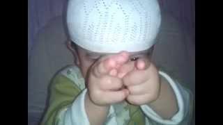 Субханаллах как шайтан отвлекаеть ребенку когда отец учить Корану УЗБЕК