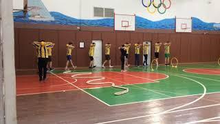 Урок фізкультури 11 клас