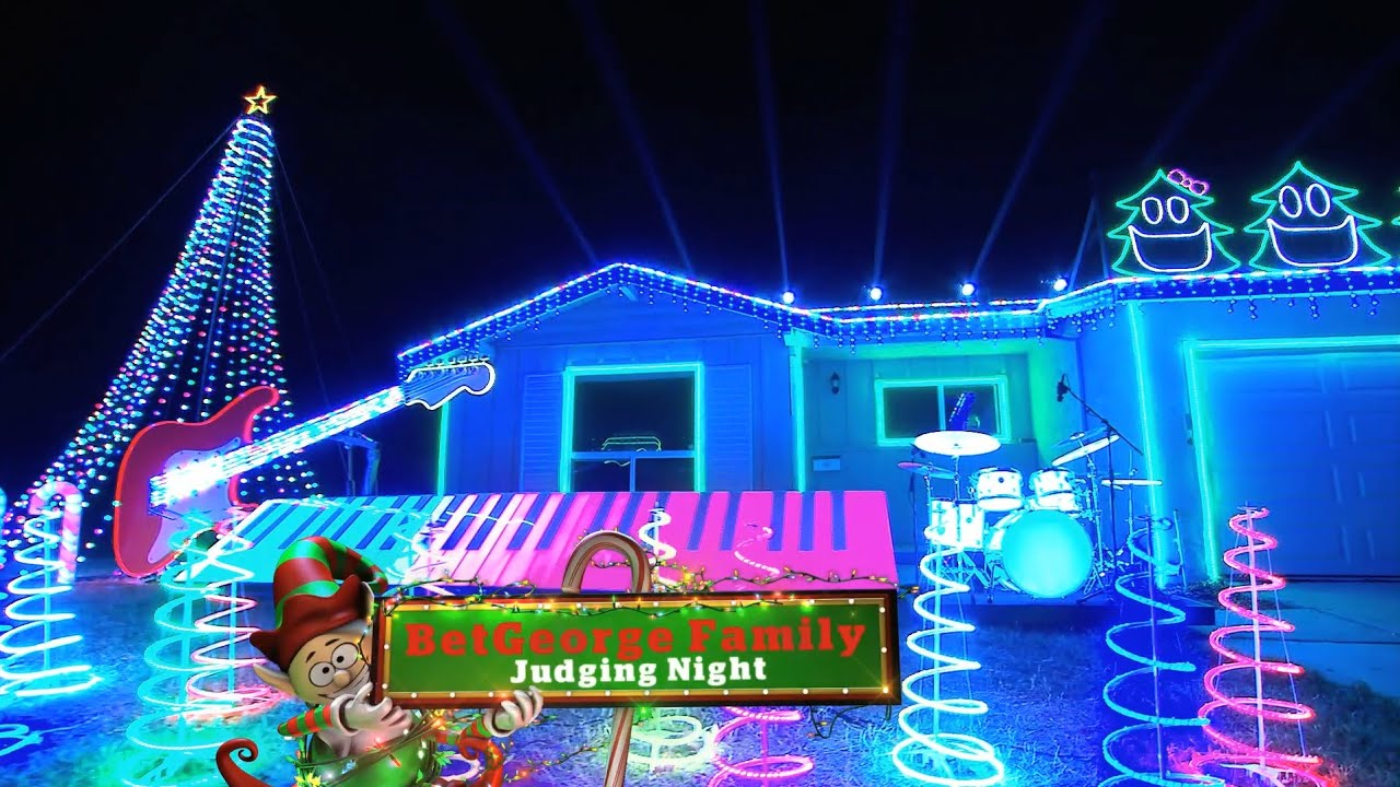 Great Christmas Light Fight Preview 2014 - YouTube