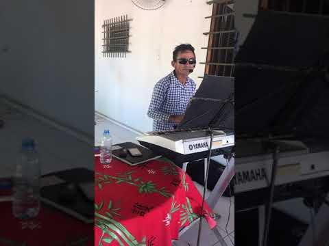 Pink Floyd The Wall Performance - Indian Karaoke Show #Karaoke #PinkFloyd #Live