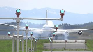 2014-5-19 政府専用機、離着陸訓練をしていました。 青森空港では、超珍...