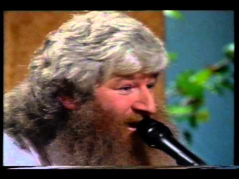 "PADRAIG BAILEY  SINGING ""THREE QUARTER TIME""  A "" PETE  ST. JOHN ""SONG ON  ""LIVE AT 3"""