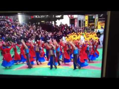 Armenian dance at Macys 90th Thanksgiving Parade