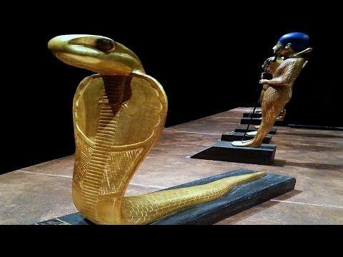 Mısır Kralı Tutankhamun Mezarı ve Hazinesi