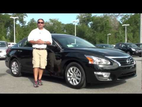 2013 Nissan Altima Sedan 2 5 S sedan Black w/charcoal cloth Orlando,FL
