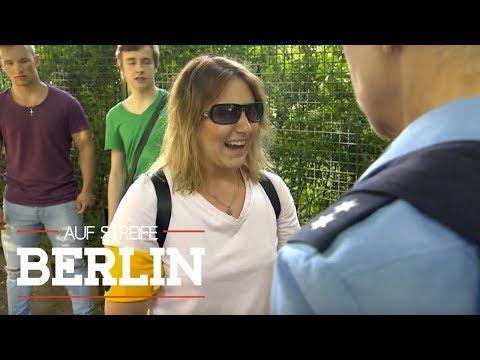 Skrupellose Attacke auf blinde Frau | Auf Streife - Berlin | SAT.1 TV