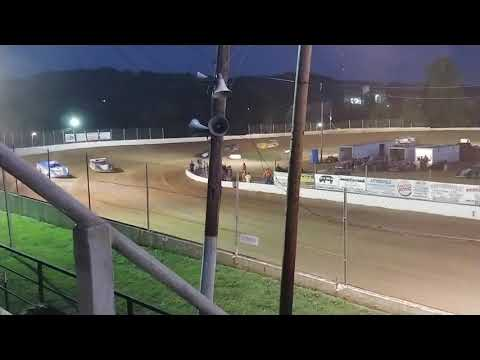Lake Cumberland Speedway Super Late Model heat race 08/31/2019