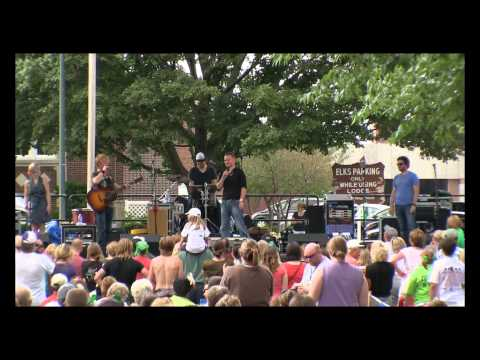Gaelic Storm - Don't go for the One - Iowa Irish Fest 2011